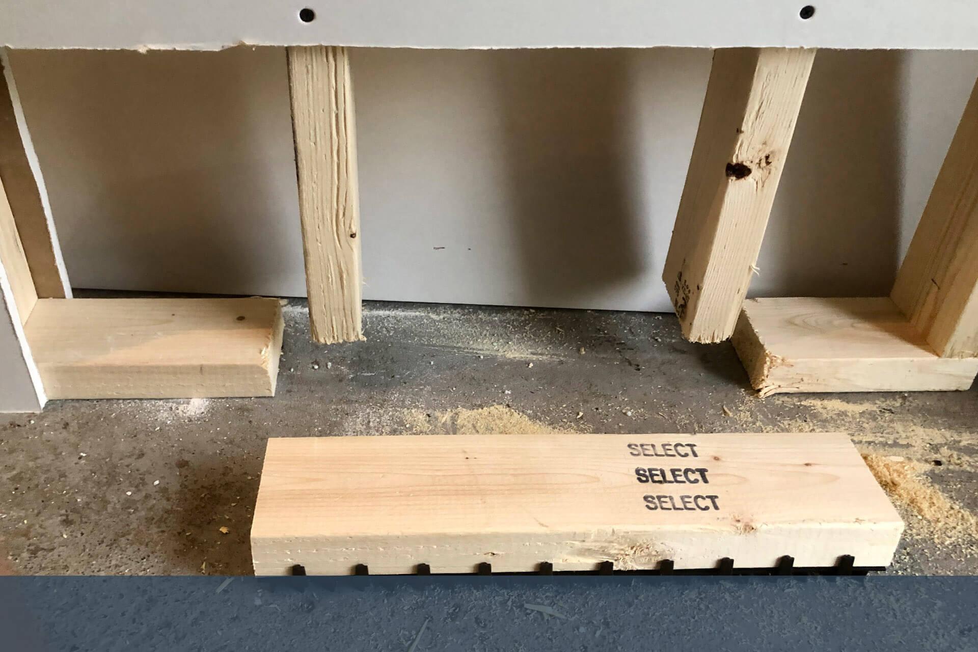 4. Positionner la lisse ventilée Teksill sous la structure de bois 2X4